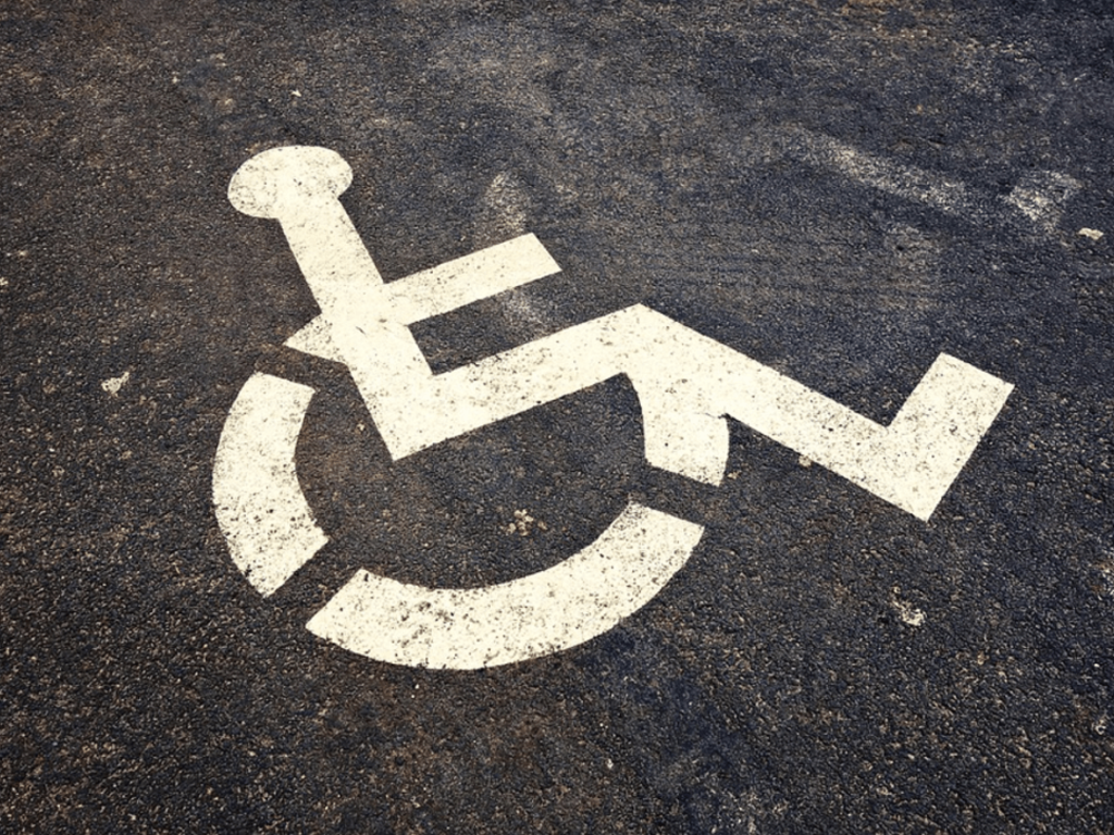 Accesibilidad laboral: ¿tengo que informar a mi empresa de que tengo una discapacidad?