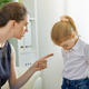 ¿Hasta dónde alcanza la facultad de los padres de corregir a sus hijos?