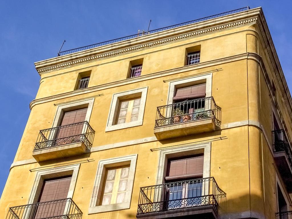 Prohibición de los pisos turísticos en estatutos de la comunidad de propietarios