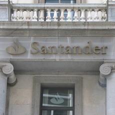 La Audiencia Provincial de a Coruña falla a favor de un Prestatario particular del Banco de Santander al que Indujeron a contratar un seguro de desempleo a favor del propio banco