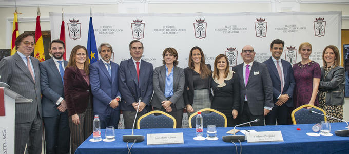 La Abogacía de Madrid y Barcelona da un ejemplo de unidad en vísperas del 40 aniversario de la Constitución