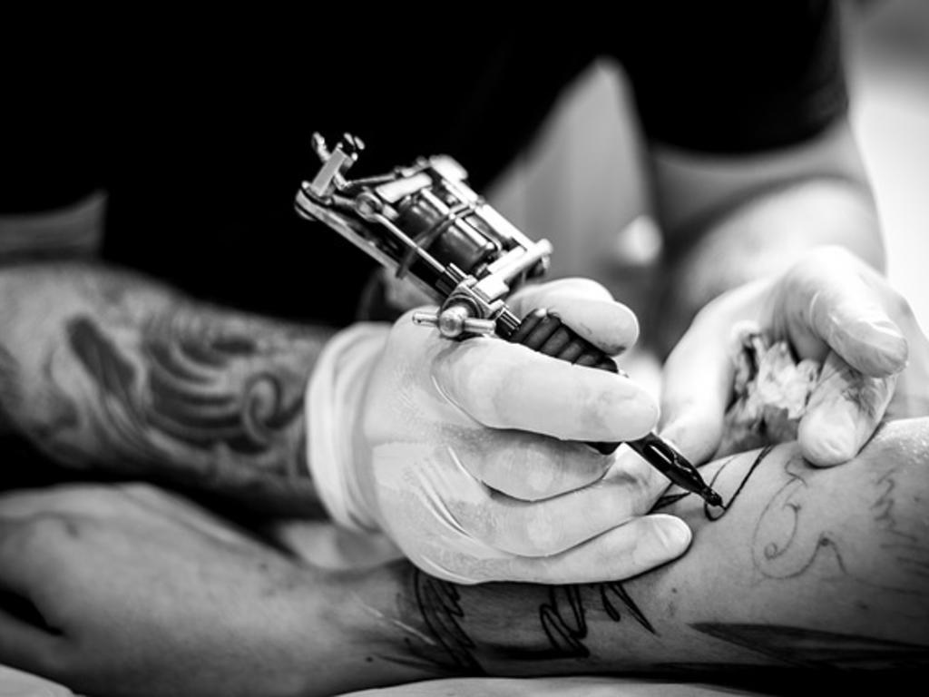 ¿Quién es dueño del tatuaje? La disputa de derechos de autor sobre el lienzo