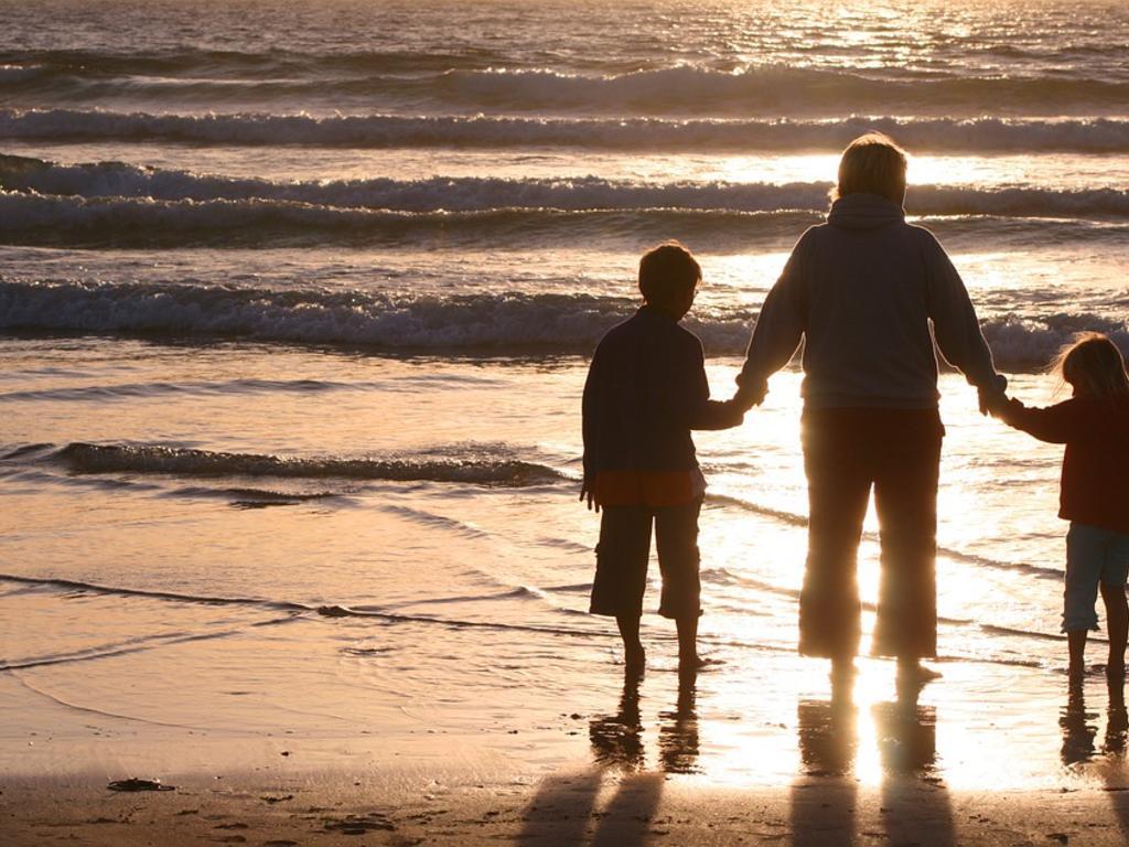 El derecho de los hijos de distintas relaciones a que coincida el régimen de visitas con su mismo progenitor
