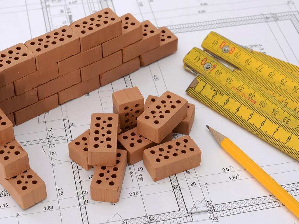 Promotora-vendedora. Plazos de garantía en caso de aparición de vicios o defectos de construcción