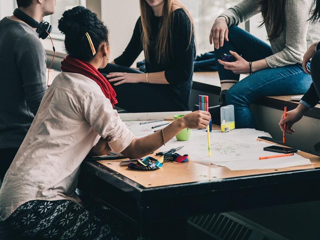 La contratación de extranjeros con permiso de estudiante