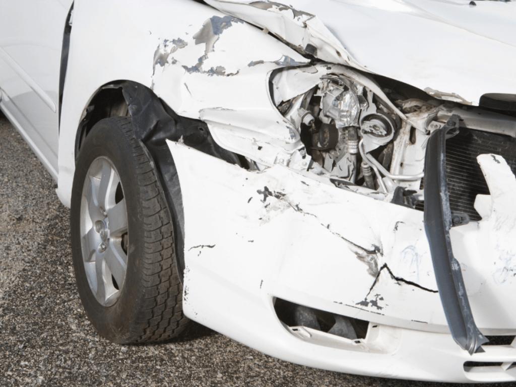 Conflicto de intereses: accidente de tráfico con vehículos de la misma compañía aseguradora