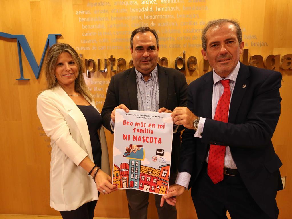 La Diputación y GAB fomentarán el derecho y bienestar animal en la provincia y premiarán al municipio más comprometido