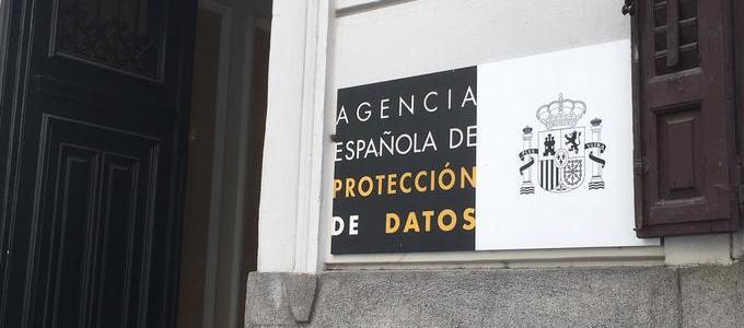 Alerta de la AEPD sobre los riesgos de contratar servicios de adecuación a la normativa a 'coste cero'