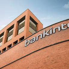 """Bankinter no informó de los riesgos perfectamente tangibles"""" de una multidivisa"""