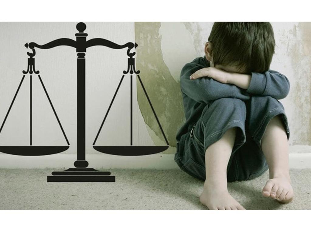 El traslado a las partes del acta de exploración y el derecho a la intimidad del menor de edad