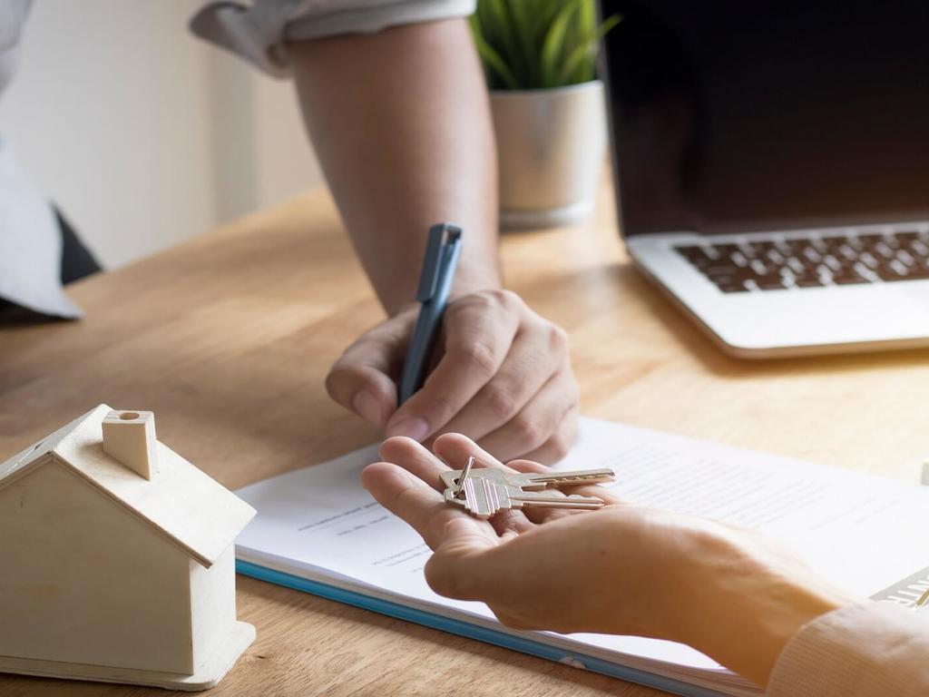 ¿Qué debe contener un contrato de alquiler?