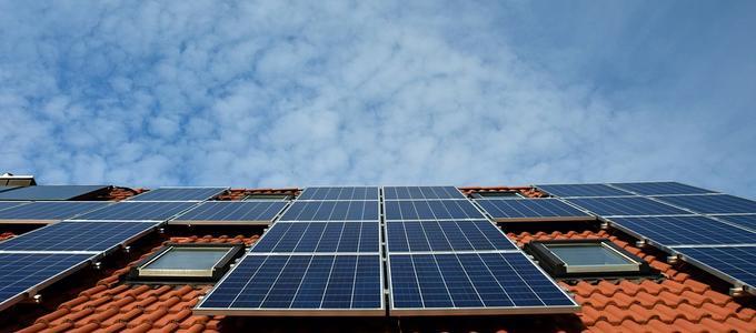 Placas solares en un bloque de pisos. ¿Cómo proceder?