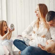 Los hogares españoles viven en pareja con hijos mientras que los europeos prefieren vivir solos