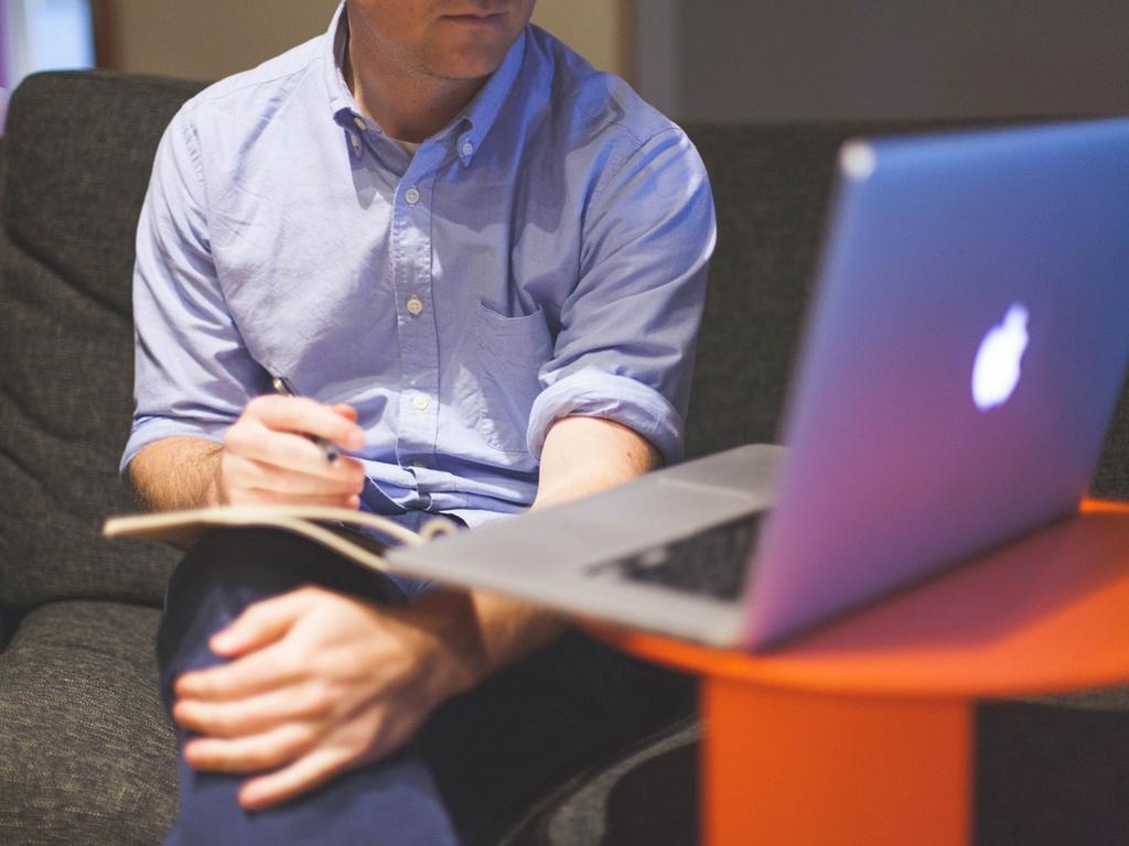 ¿Cómo se consigue la autorización o visado de residencia de emprendedor?