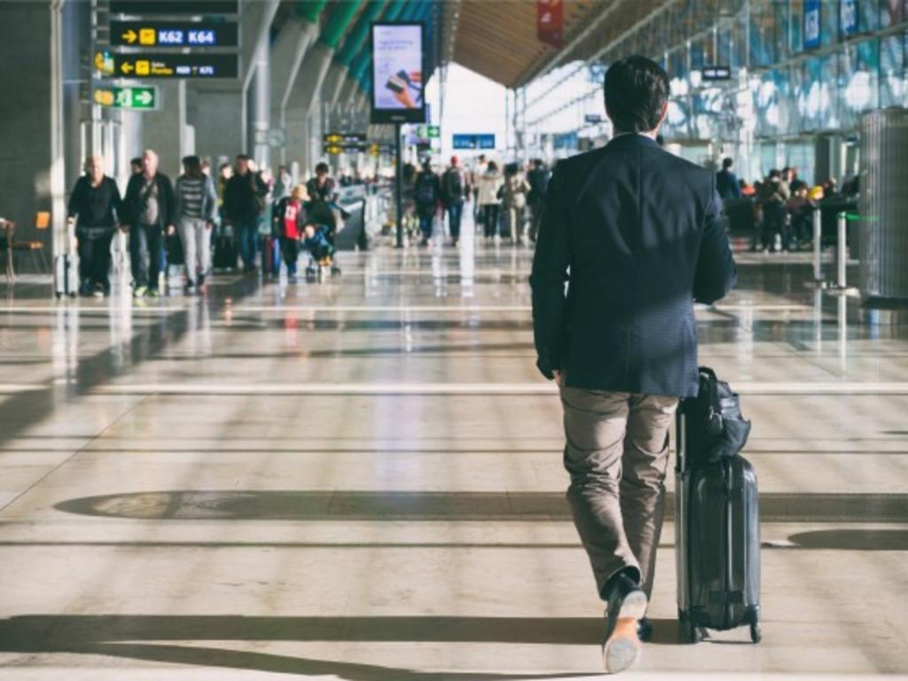 Conseguir un permiso de residencia en España como turista, ¿es posible?