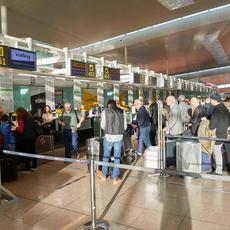 Controles sanitarios en los aeropuertos- ¿A quién reclamar las indemnizaciones por los retrasos?
