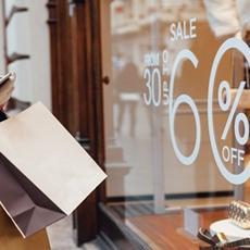 Rebajas en el verano de la 'nueva normalidad':  6 consejos para comprar conociendo tus derechos como consumidor