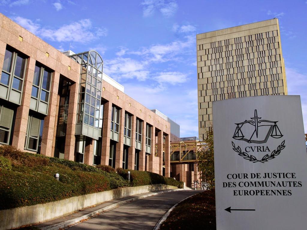 Limitaciones al derecho exclusivo de reproducción y comunicación al público de los autores. Sentencia del Tribunal de Justicia de 29 de julio de 2019, Spiegel Online (C-516/17)
