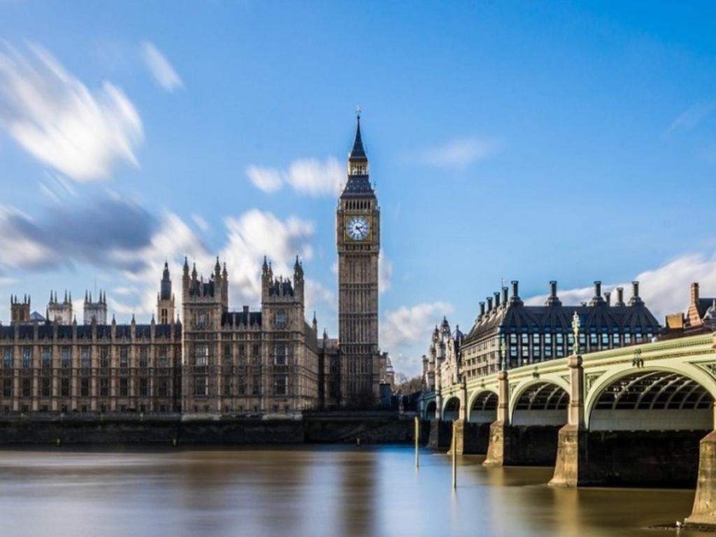 Derechos de los pasajeros que quieran cancelar su viaje a Reino Unido por la cuarentena a viajeros procedentes de España