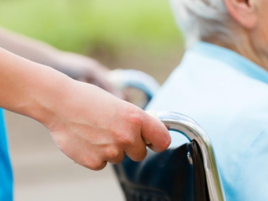 Maltrato en residencias de ancianos: penas de prisión de hasta cinco años