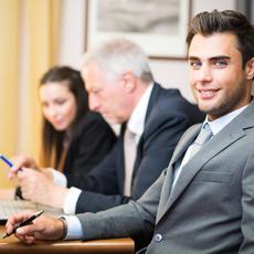 Abogado laboralista y socio con cartera de clientes entre las 14 profesiones más buscadas y las 14 más cotizadas de 2021