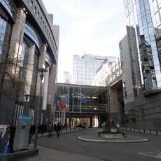 Los médicos españoles llevan a Bruselas sus quejas contra las aseguradoras