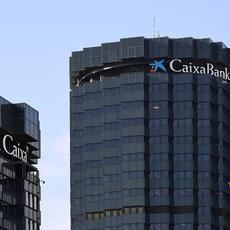 Caixabank se defiende de las multidivisas con un argumento fallido
