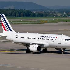 El Juzgado de A Coruña condena a Air France al pago de 1.166,69€ y las costas, pese a que la aerolínea se allanó, por obligar al viajero a acudir a los tribunales