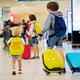 ¿Qué ropa han de llevar los hijos menores cuando van a disfrutar de las vacaciones con el otro progenitor? ¿Qué documentos se deben entregar?