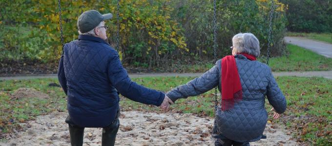 ¿Puede un matrimonio otorgar testamento conjunto?