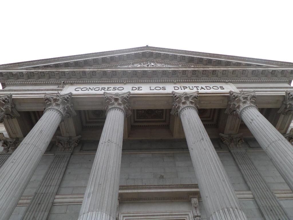 El proceso penal contra diputados y senadores