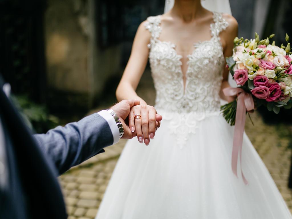 Hacienda y los regalos de boda: ¿Tradición u obligación fiscal?