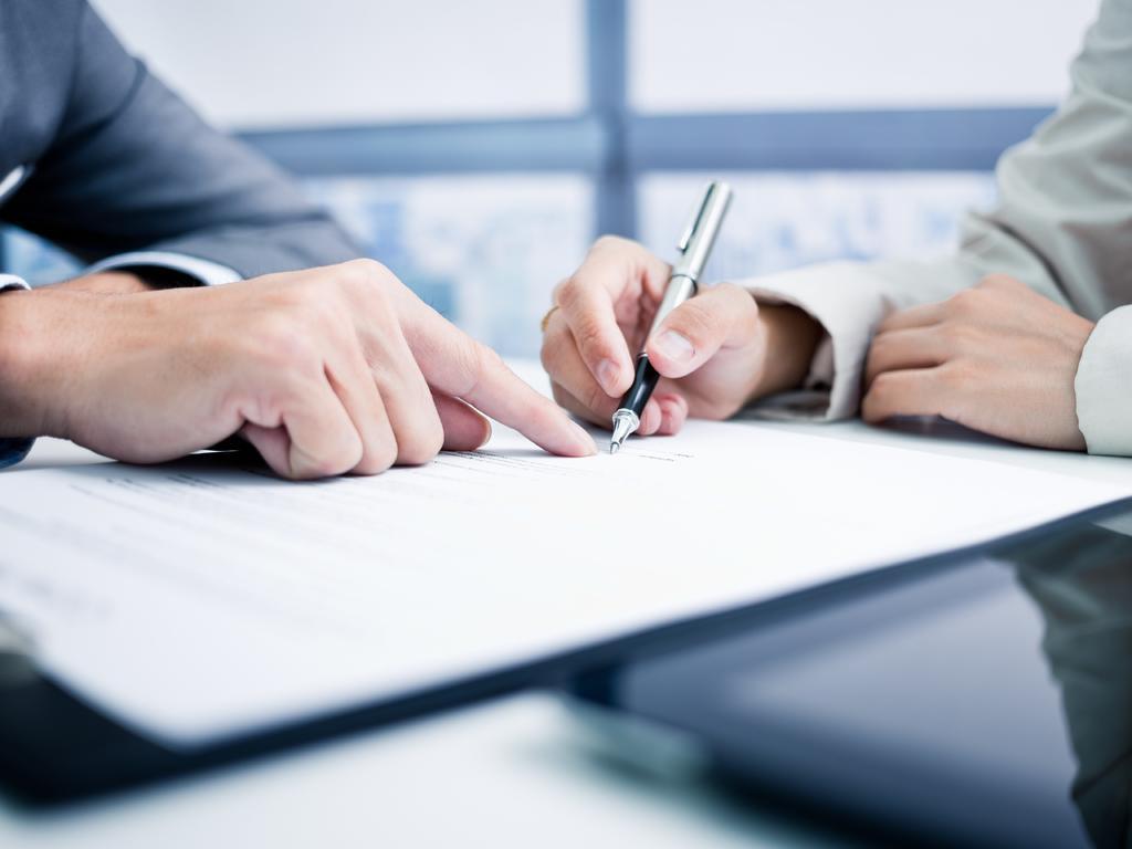 Cómo funciona la contratación administrativa
