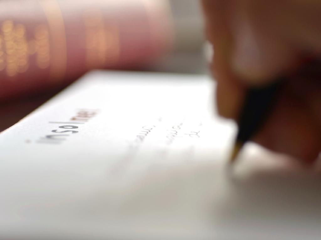 Las sociedades con el NIF revocado (entidades inactivas) no pueden realizar inscripciones en ningún registro público ni otorgar escrituras ante notario