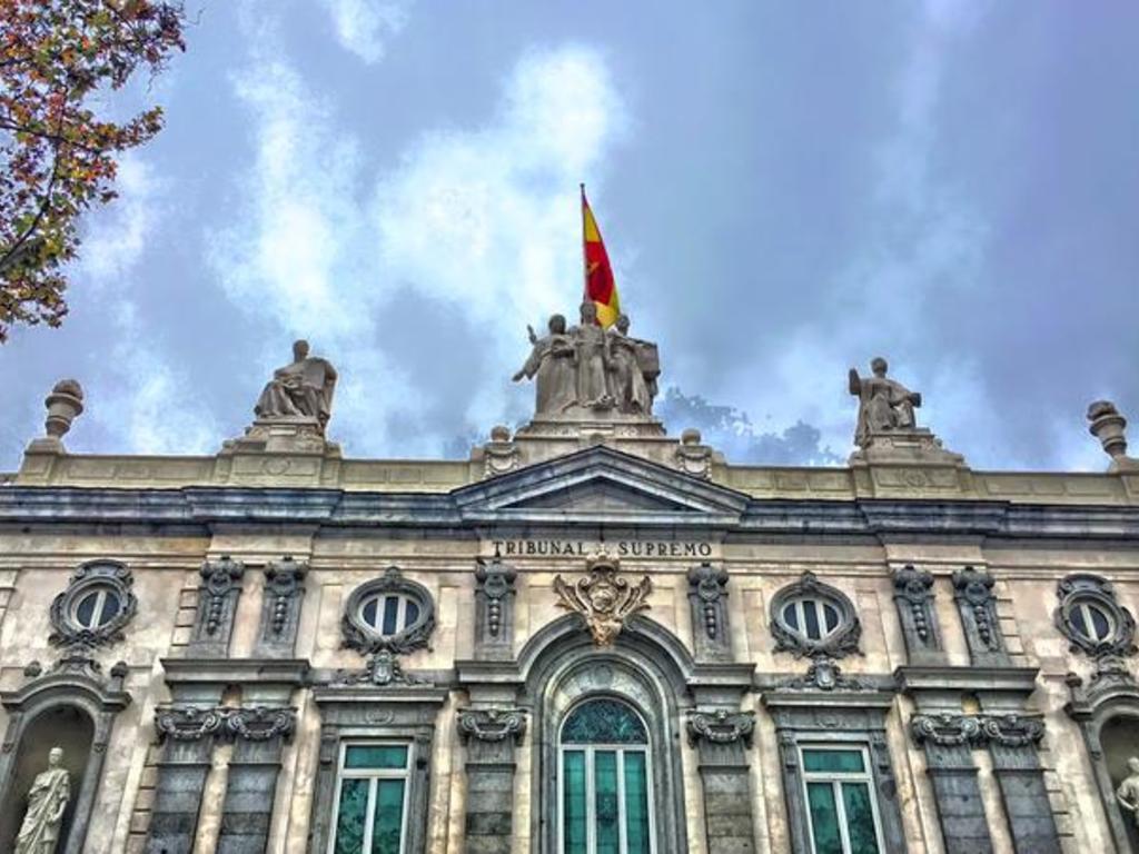 El Tribunal Supremo confirma la pena de dos años de prisión a un abogado por estafar al hijo de una mujer asesinada por su marido en Castellón