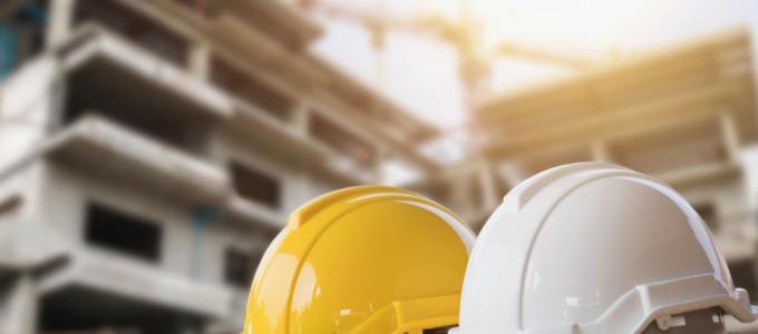 ¿Puede el constructor reclamar aumento de obra, aunque el precio se haya ajustado alzadamente?