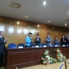 """El ICA Oviedo entrega el I Premio a la Igualdad Alicia Salcedo"""" a la abogada María José Balda"""