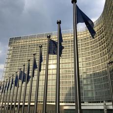 La CE lleva a España ante el TJUE por no incorporar la normativa en materia de créditos hipotecarios