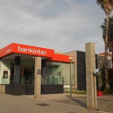 Bankinter afirma que no tiene obligación de facilitar información precontractual al cliente